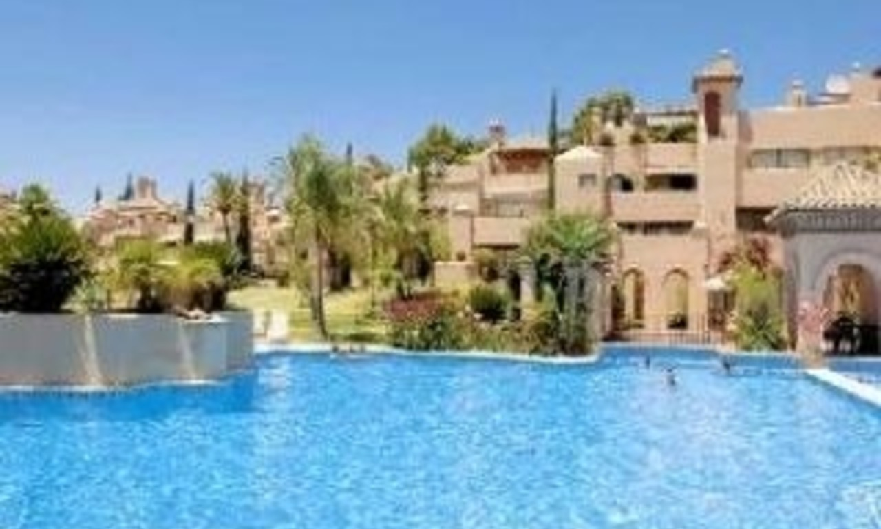 Koop appartement in bewaakt resort, Marbella - Benahavis 2