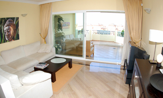 Beachside luxe appartement te koop, Elviria, Marbella east 10