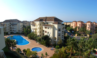Beachside luxe appartement te koop, Elviria, Marbella east 2