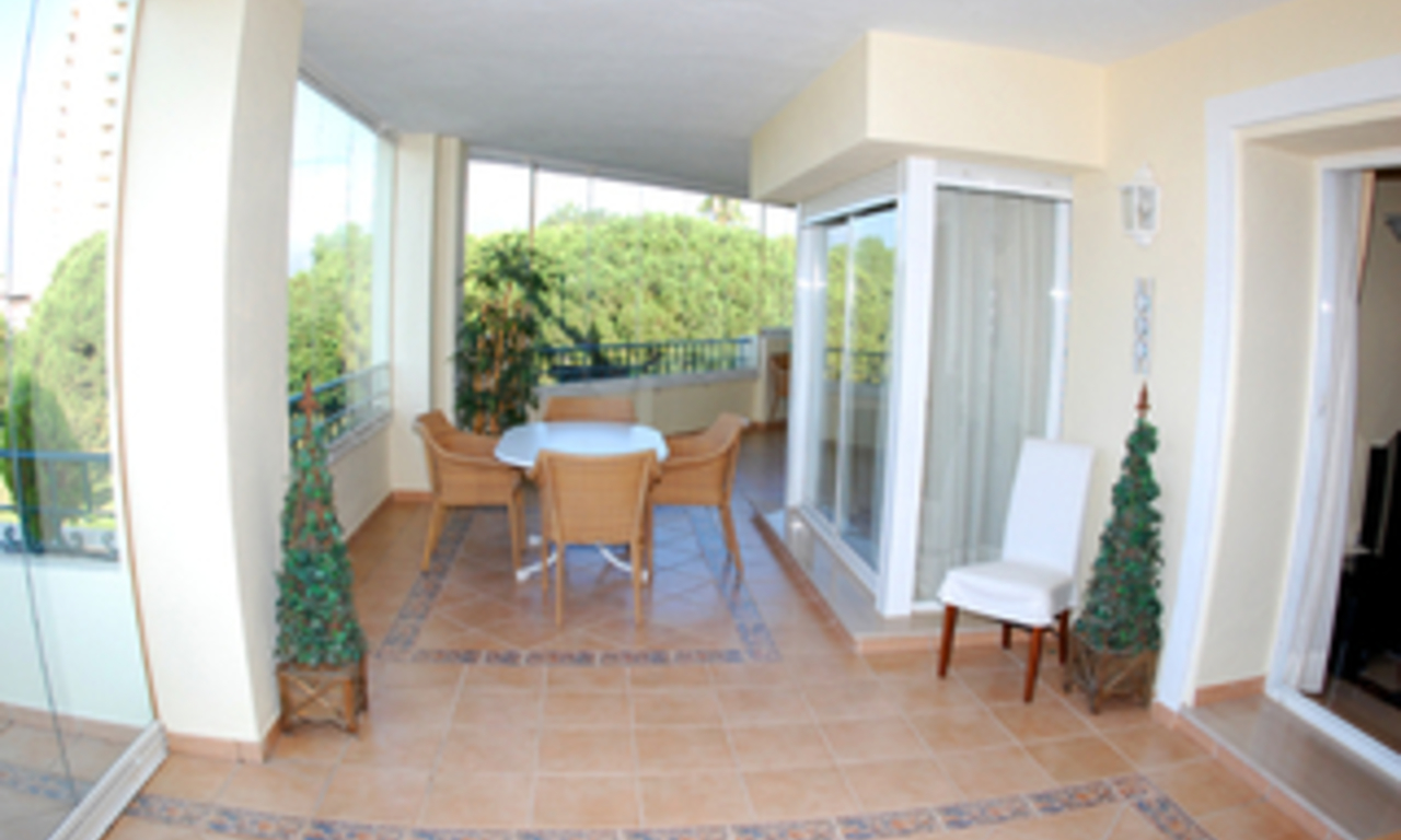 Beachside luxe appartement te koop, Elviria, Marbella east 7