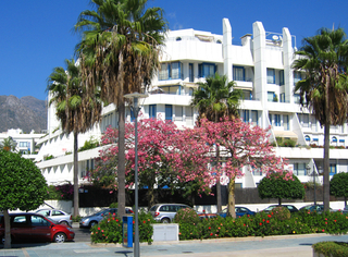 Marbella for sale: 2de lijn strand appartement te koop in Marbella centrum.