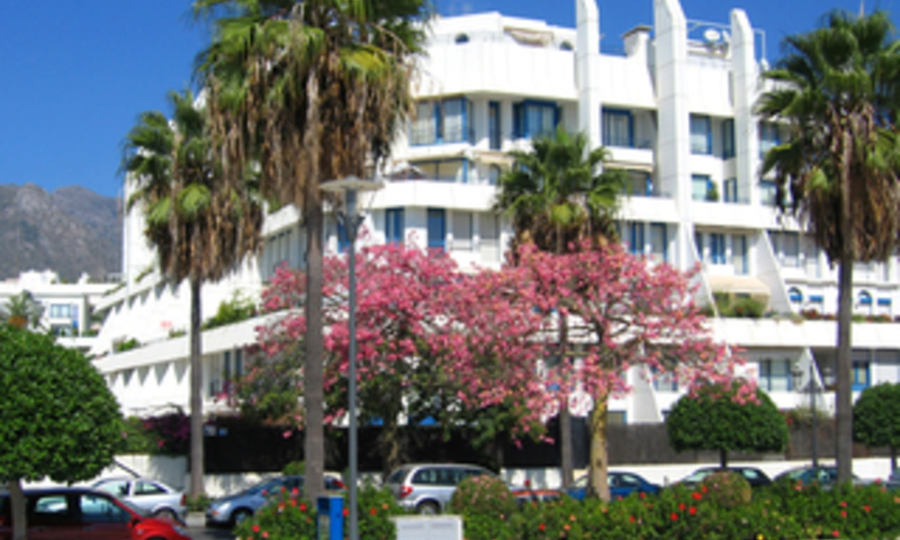 Marbella for sale: 2de lijn strand appartement te koop in Marbella centrum. 0