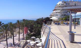 Marbella for sale: 2de lijn strand appartement te koop in Marbella centrum. 3
