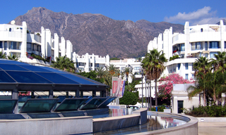Marbella for sale: 2de lijn strand appartement te koop in Marbella centrum. 2