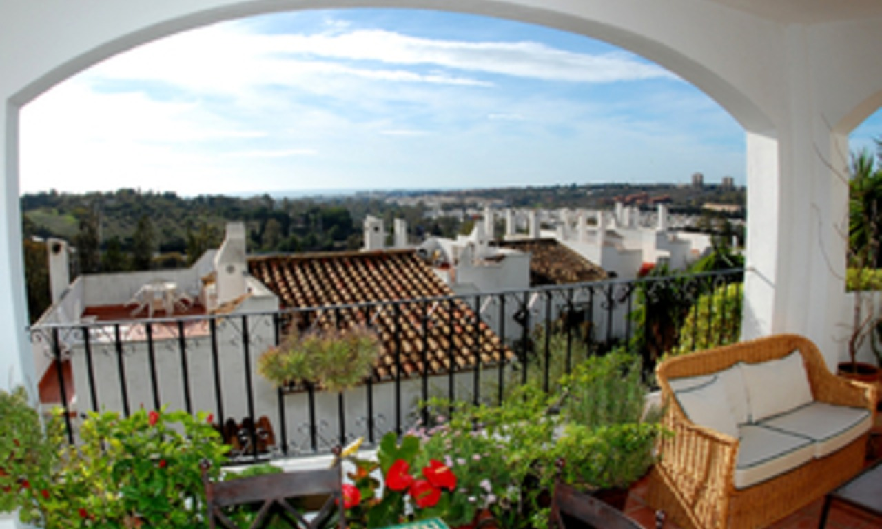 Marbella for sale: Penthouse appartement te koop in Nueva Andalucia - Marbella 0
