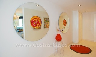 Beachfront modern appartement te koop, Golden Mile, Marbella 14