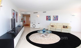 Beachfront modern appartement te koop, Golden Mile, Marbella 8