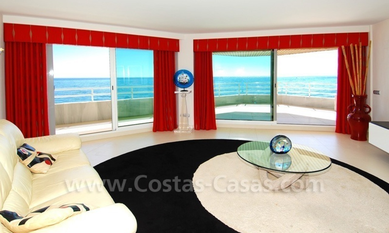 Beachfront modern appartement te koop, Golden Mile, Marbella 9
