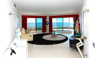 Beachfront modern appartement te koop, Golden Mile, Marbella 10