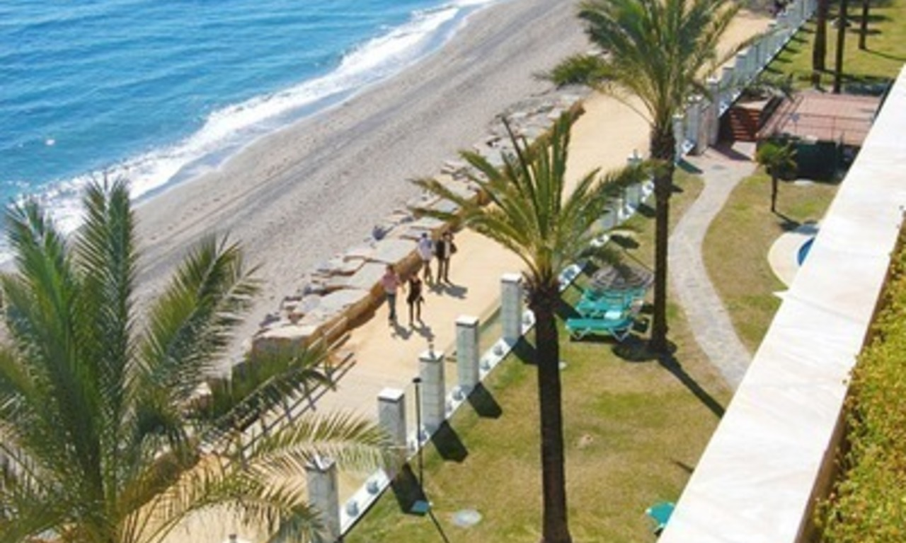 Beachfront modern appartement te koop, Golden Mile, Marbella 22