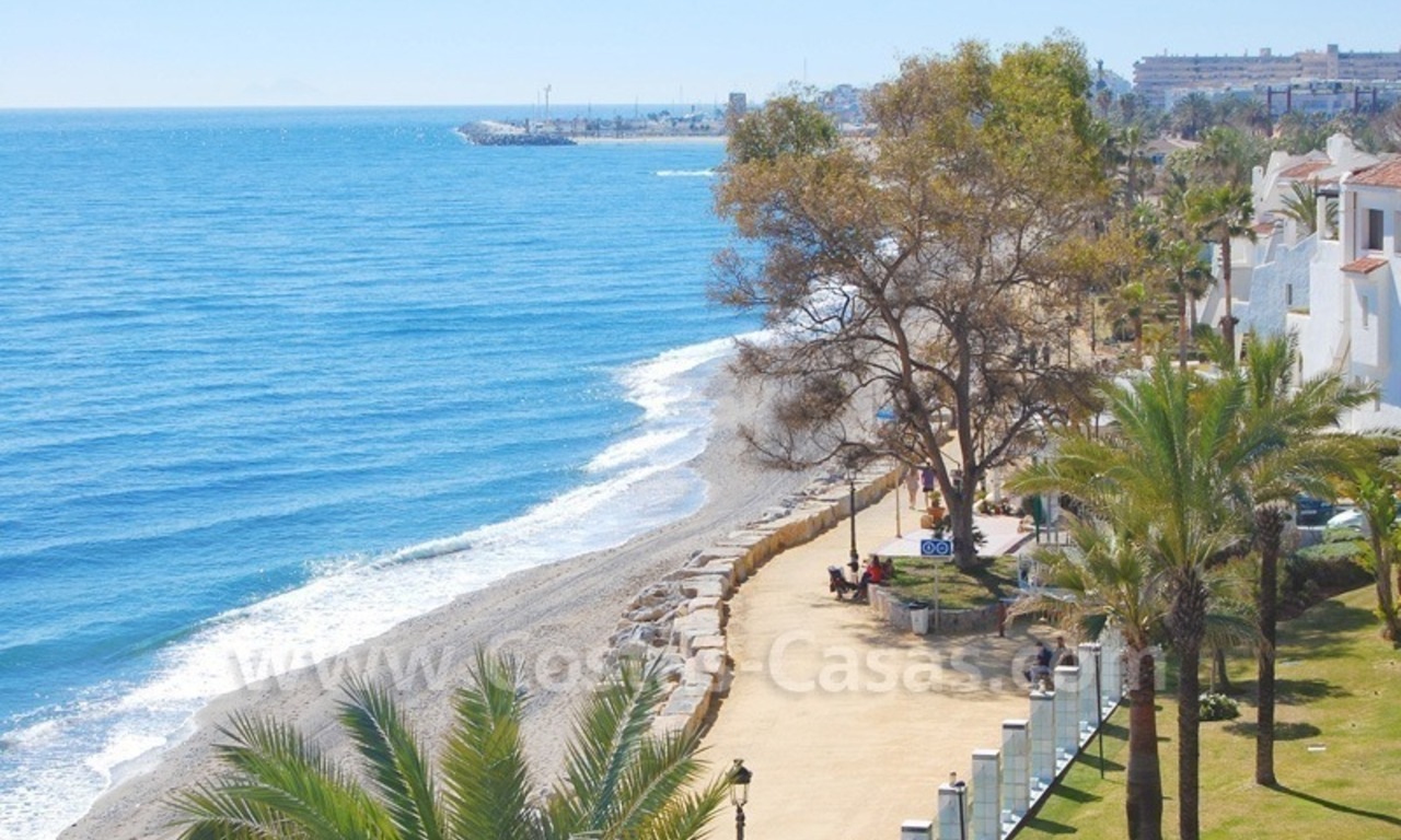 Beachfront modern appartement te koop, Golden Mile, Marbella 23