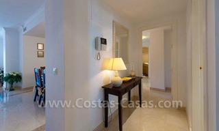 Beachside appartement te koop in Marbella 6