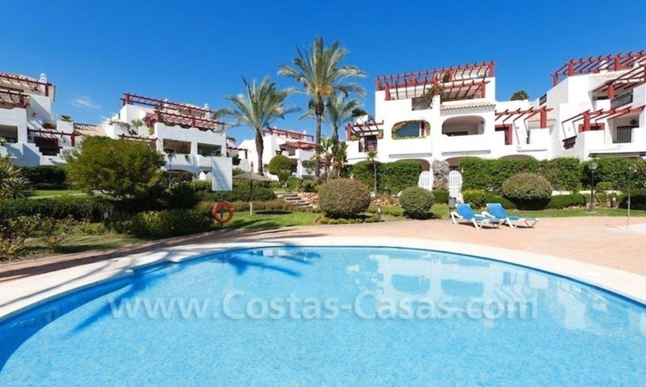 Beachside appartement te koop in Marbella 2