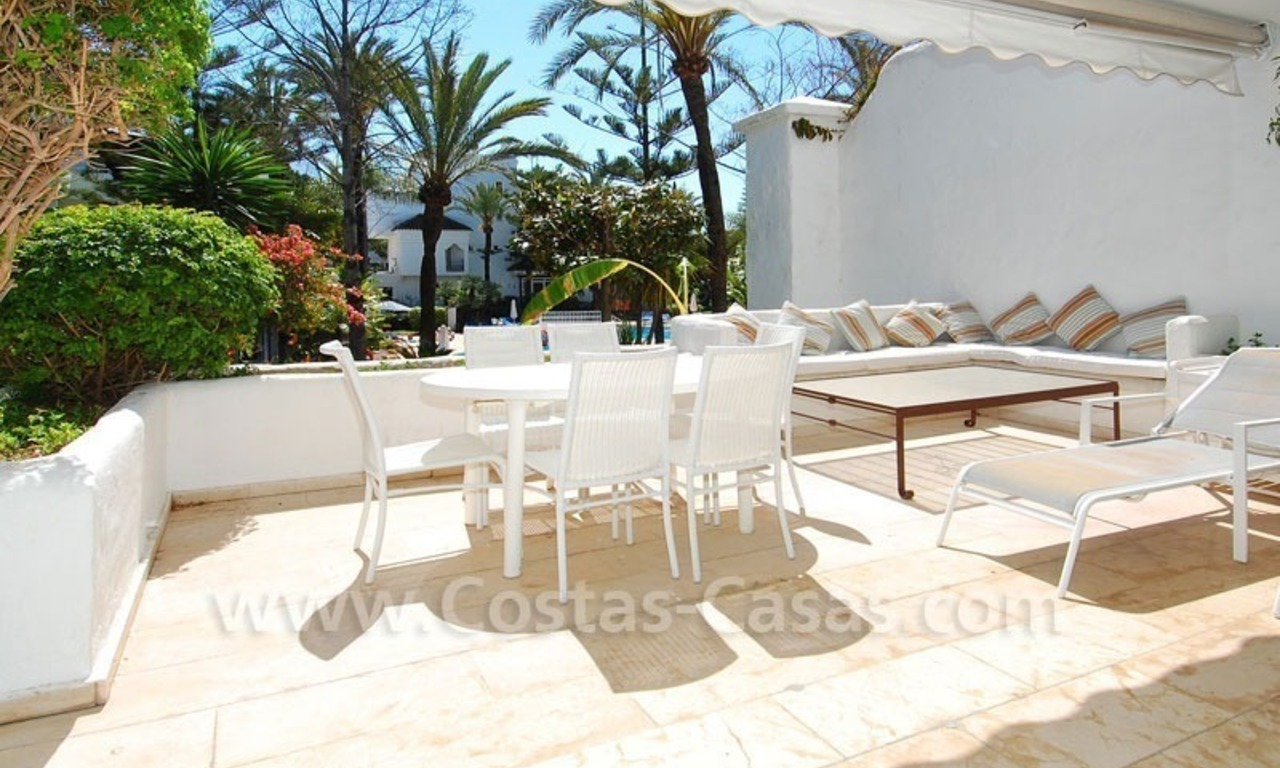 Ruim appartement te koop in een beachfront complex aan de Golden Mile in Marbella 18
