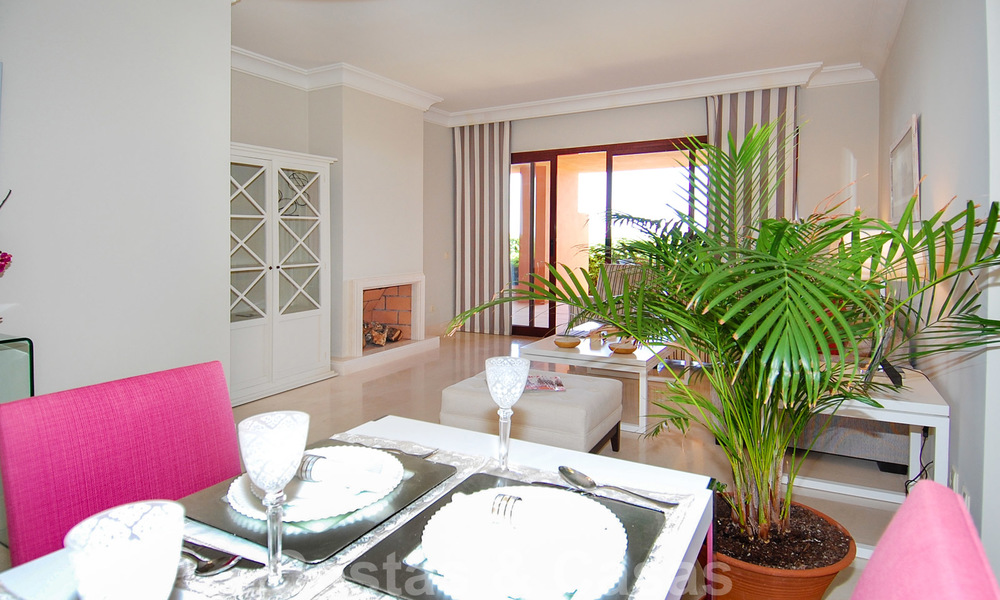 Golf appartementen te koop in 5* golfresort, Marbella - Benahavis 24005