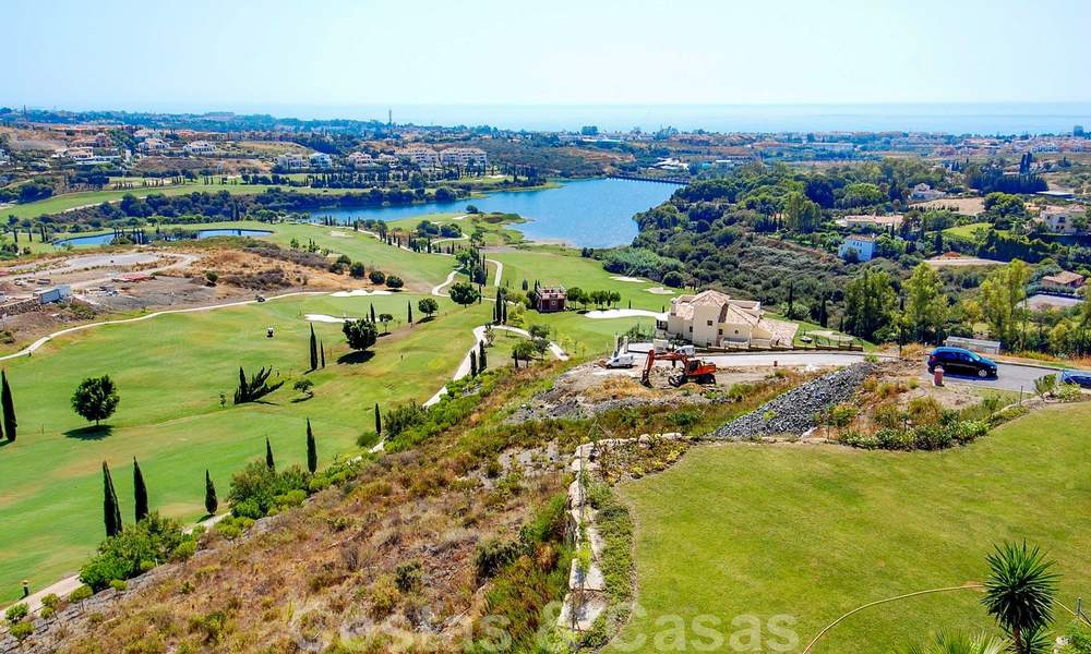 Golf appartementen te koop in 5* golfresort, Marbella - Benahavis 24007