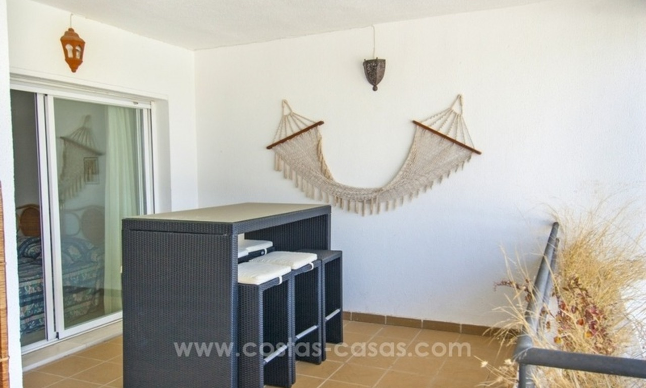 Perfect location!! Beachside apartment for sale in Puerto Banús 3