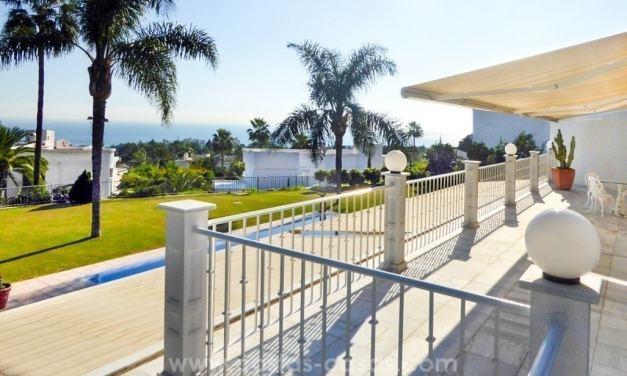 Villa te koop in Altos Reales op de Golden Mile te Marbella 11