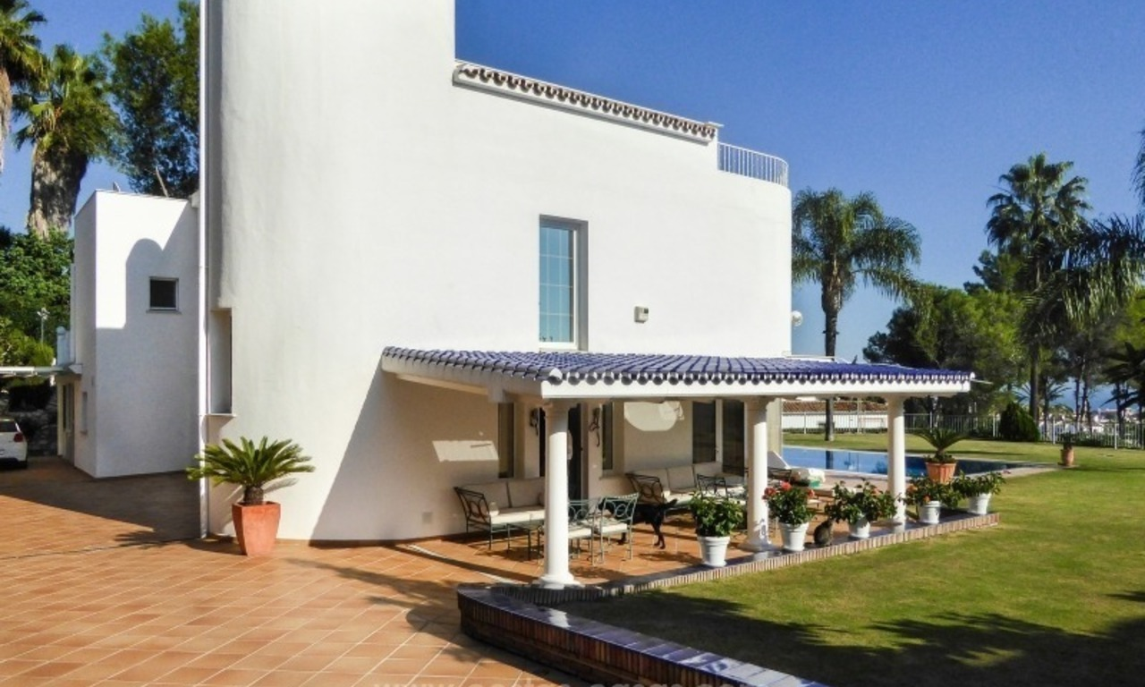 Villa te koop in Altos Reales op de Golden Mile te Marbella 8